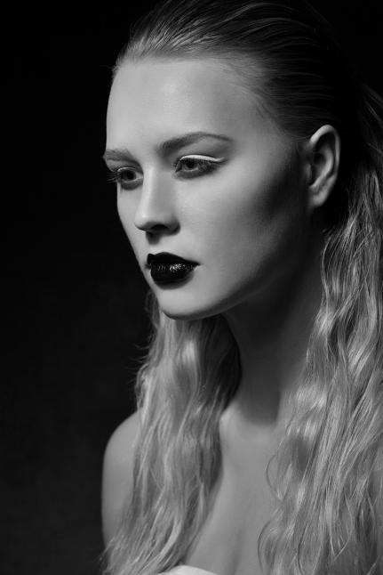 Charlotte_DonnaLynnPhotography_13_bw