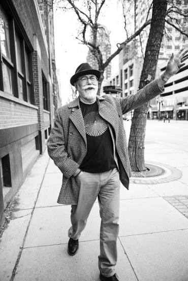 Scott_McKeen_relect_3370-1975-Edit